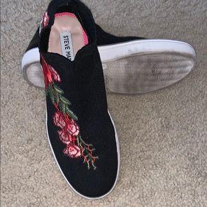 Steve Madden Slip on sneaker/casual shoe